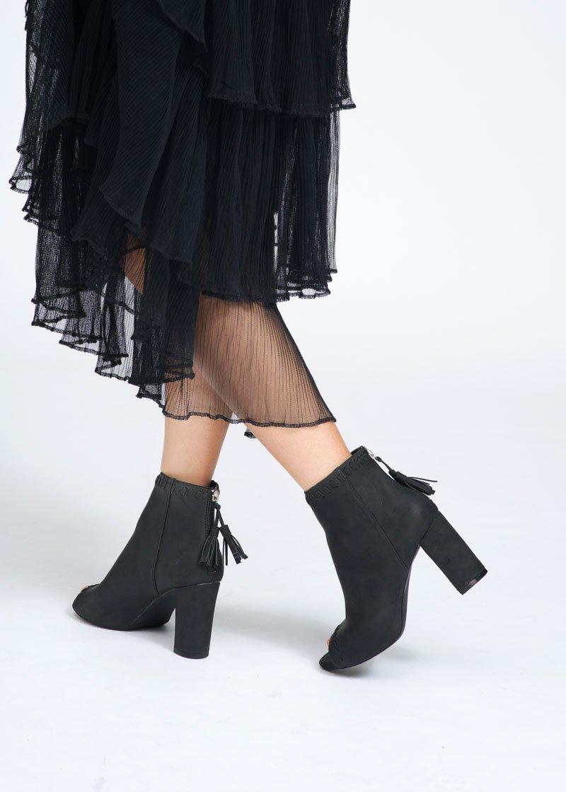 Phối đồ với giày boots
