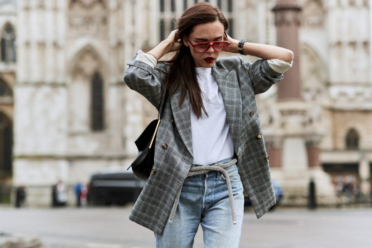 4 cách phối đồ với áo blazer đơn giản mà đẹp như sao   Harper's Bazaar