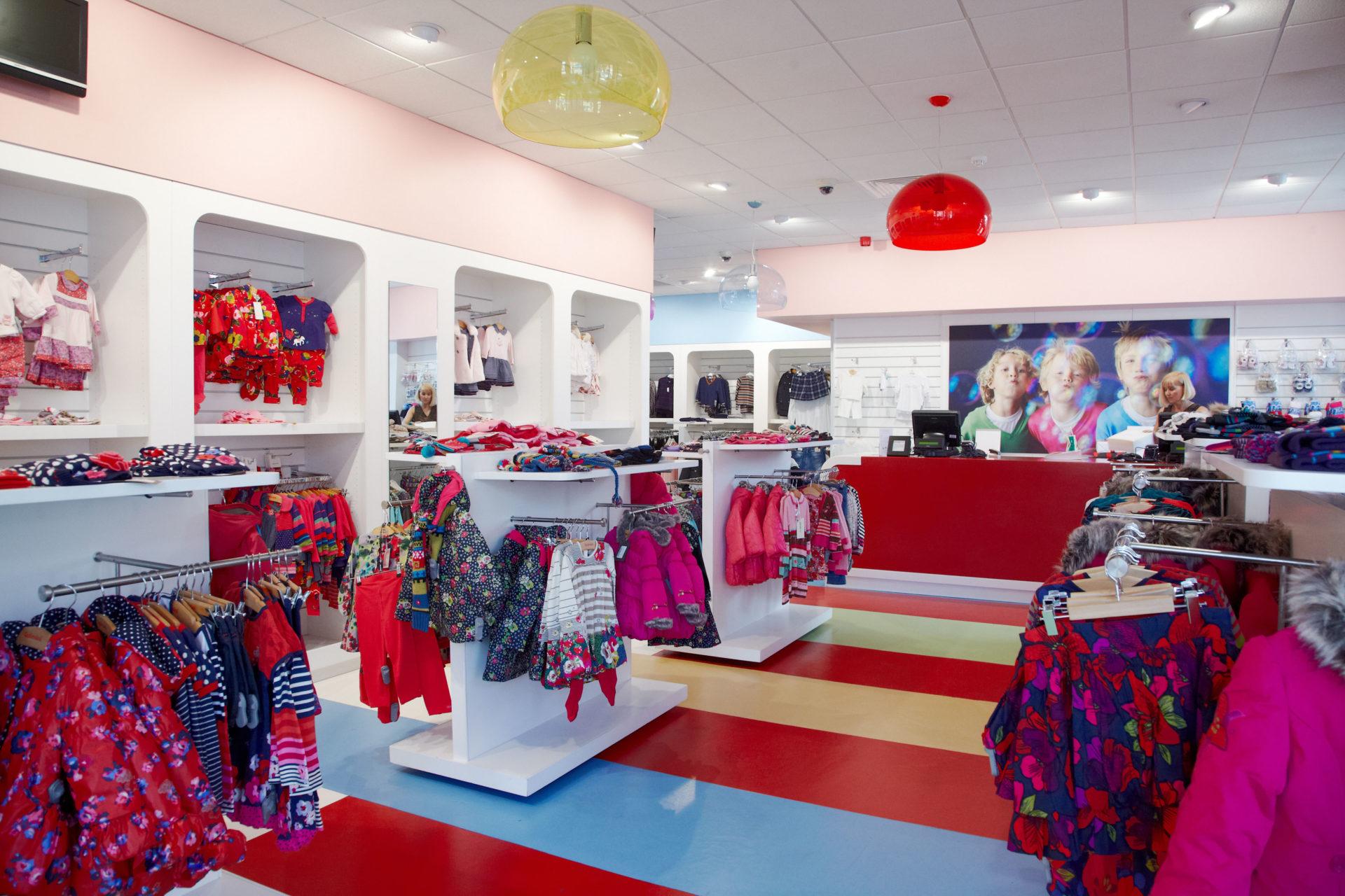Bật mí cách thiết kế shop thời trang trẻ em tốt nhất