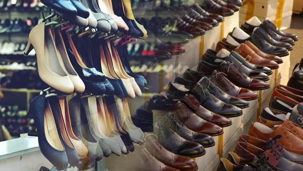 Top 6 kinh nghiệm mở shop giày dép để kinh doanh